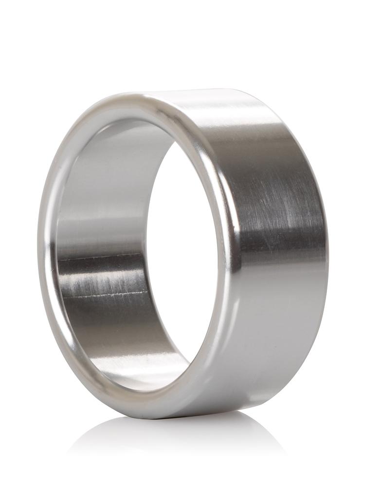 California Exotics Alloy Metallic: Aluminium Penisring, medium