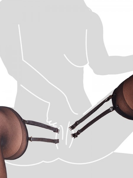 Schamlippen-Clips und Strapsstrümpfe, schwarz