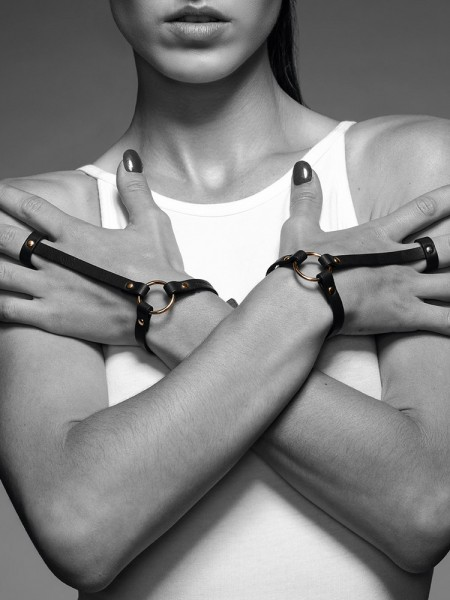 Bijoux Indiscrets Maze: Handgelenks-Harness, schwarz