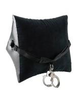 Fetish Fantasy Deluxe Position Master: Liebeskissen mit Handschellen, schwarz