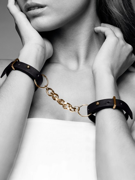 Bijoux Indiscrets Maze: Handfesseln mit Verbindungskette, schwarz