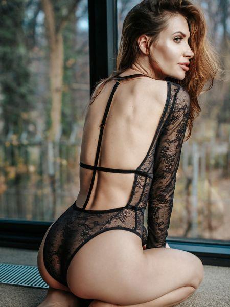 Petite Noir: Spitzen-Body 0518, schwarz