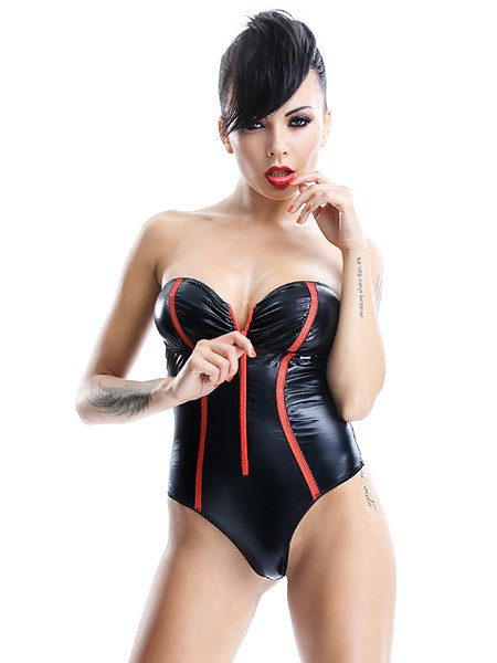 Demoniq Shibari Wetlook-Body: Fumi, schwarz/rot