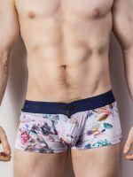 L'Homme Aramis: V-Boxer, fleurs